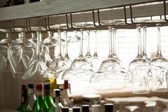 Gläser auf der Stabnahaufnahme Stockbild
