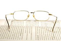 Gläser auf Weiß Lizenzfreies Stockfoto