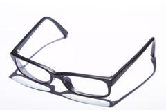 Gläser auf Weiß Lizenzfreie Stockbilder