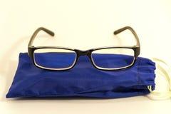 Gläser für Computermonitor lizenzfreie stockbilder