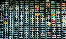 Gläser im Shop Stockfotos