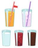 Gläser mit verschiedenen Getränken Stockbilder