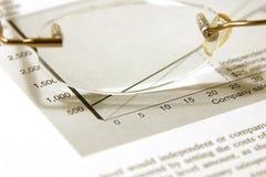 Gläser und der Etat Lizenzfreies Stockfoto