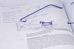 Gläser und die Statistiken (DOF) stockbilder