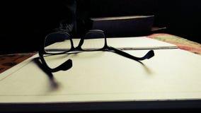 Gläser und Rahmen lizenzfreie stockfotografie