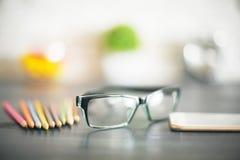 Gläser und undeutliche Einzelteile Lizenzfreies Stockfoto