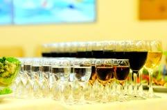 Gläser unterschiedliches alkoholisches Getränk Lizenzfreies Stockfoto