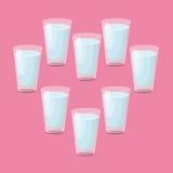 8 Gläser Wasser ein Tag Lizenzfreies Stockfoto