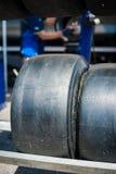 Glättat gummihjulslut för Motorsport upp Arkivfoton