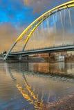Glöda för Walterdale bro royaltyfri fotografi