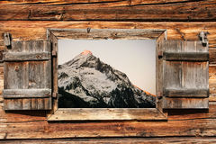 Glödande alps royaltyfri foto