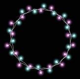 Glödande girland med små lampor Effekter för girlandjulpyntljus Design för kort för Xmas-feriehälsning vektor illustrationer