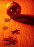 glödande halloween pumpa royaltyfria foton