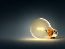 glödande lampa för kula Arkivfoto
