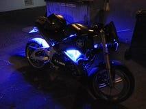 Glödande motorcykel Royaltyfria Foton