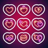 Glödande neon Valentine Hearts Sticker med slaglängden vektor illustrationer