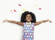 Glück-kleines Mädchen mit dem Blumenblatt Lizenzfreie Stockfotos