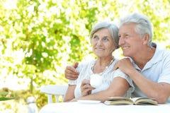 Glückliche ältere Paare Lizenzfreie Stockbilder