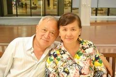 Glückliche ältere Paare stockbilder