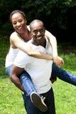 Glückliche afrikanische Paare stockbilder