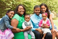 Glückliche Afroamerikanerfamilie Lizenzfreies Stockfoto