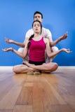 Glückliche athletische Paare, entspannende Zeit. Stockfoto