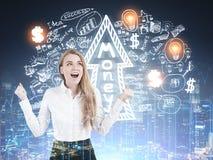 Glückliche blonde Frauen- und Geldskizze Lizenzfreies Stockfoto