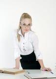 Glückliche blonde Geschäftsfrau Lizenzfreies Stockfoto