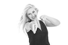 Glückliche blonde junge Frau - Schwarzweiss Lizenzfreie Stockfotografie