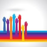 Glückliche bunte Hände auf dem wellenartig bewegten Hintergrund Mehrfarbige Hände Lizenzfreie Stockbilder