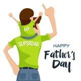 Glückliche der Vatertags-Karte - kostbarer glücklicher Moment mit Superdad Stockfoto