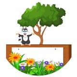 Glückliche Eichhörnchenaufstellung der Karikatur Lizenzfreies Stockfoto