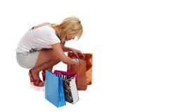 Glückliche Einkaufenfrau lizenzfreies stockbild