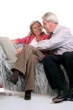 Glückliche fällige Paare lizenzfreie stockbilder