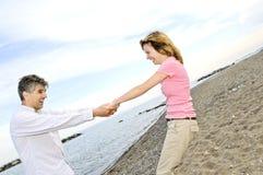 Glückliche fällige Paare Stockfotografie