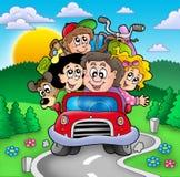 Glückliche Familie, die auf Ferien geht Lizenzfreie Stockfotos