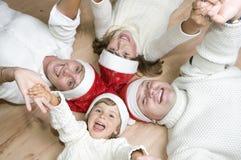 Glückliche Familie feiern Weihnachten Lizenzfreies Stockbild