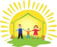 Glückliche Familie im Haus. Stockfotos