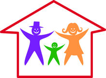 Glückliche Familie im Haus. Stockfoto