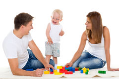 Glückliche Familie mit Baby. Stockfotografie