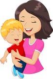 Glückliche Familienmutter der Karikatur, die Sohn hält Stockfotografie