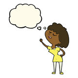 glückliche Frau der Karikatur ungefähr, zum mit Gedankenblase zu sprechen Lizenzfreie Stockfotos