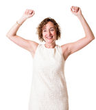 Glückliche Frau im weißen Kleid Stockbild