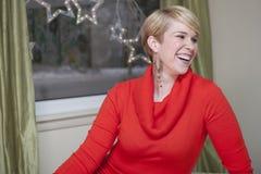 Glückliche Frau am Weihnachten Lizenzfreies Stockbild