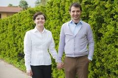 Glückliche Geliebtpaare Stockfotografie