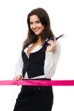 Glückliche Geschäftsfrau betriebsbereit, rotes Farbband zu schneiden lizenzfreies stockbild