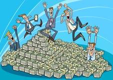 Glückliche Geschäftsmänner und Haufen des Geldes Stockfoto