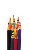 Glückliche Gruppe Bleistiftgesichter als Sozialnetz Stockfoto