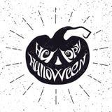 Glückliche Halloween-Karte mit Beschriftung, was in Kürbisform einfügt Lizenzfreies Stockbild
