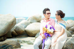 Junger Erwachsener verbindet Datierung Lizenzfreies Stockfoto